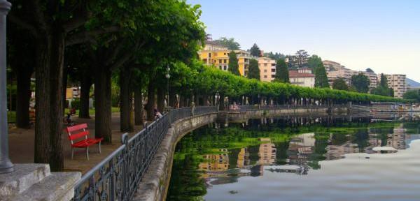 Lugano,-specchio-sul-lago.jpg